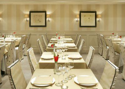 exquisite-restaurant-home-decoration-ideas-designing-simple-in-exquisite-restaurant-design-tips